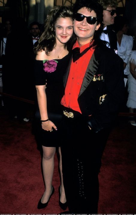 Drew barrymore 1989 oscars - Google Search | Retro photo ...