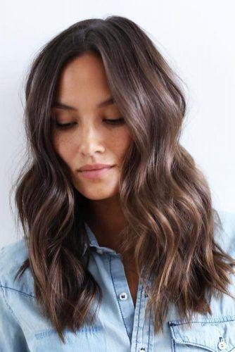 18 Medium Length Hairstyles For Thick Hair Hair Styles Medium Length Hair Styles Medium Hair Styles