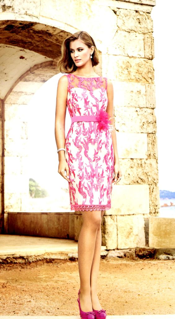 Vestido de Nati Jiménez, disponible en @Elanvalladolid.