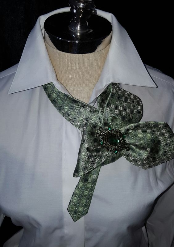 Custom designed necktie accessories for women