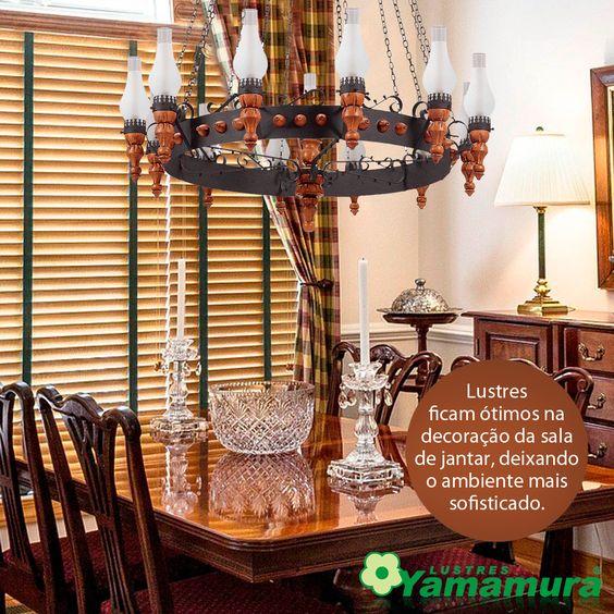 Toda sala de jantar merece um lustre atraente.  Confira: http://goo.gl/twex8c