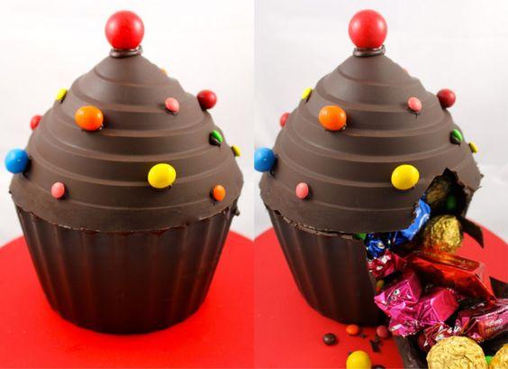 Video: How to Make a Giant Cupcake Piñata http://cakejournal.com/tutorials/giant-cupcake-pinata/: Cupcake Addiction, Chocolate Cupcakes, Giant Cupcakes, Smash Cake, Cupcake Pinata, Giant Chocolate, Cupcakes Chocolate