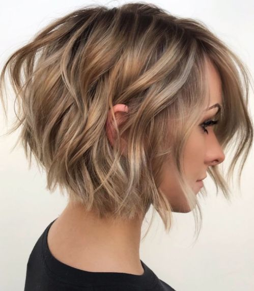Tousled Wavy Bob For Fine Hair Hair Styles Short Hair With Layers Bob Hairstyles For Fine Hair