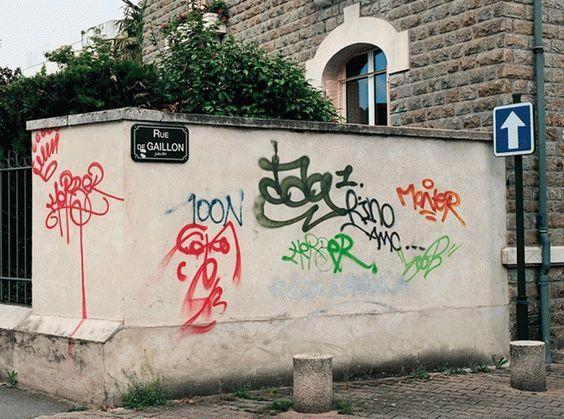 Legible Graffiti: Repainting Street Art for Digital-Age... #weburbanist #arts #street_art