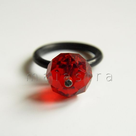 anillo de cristal y caucho de maiastra // glass and rubber ring by maiastra