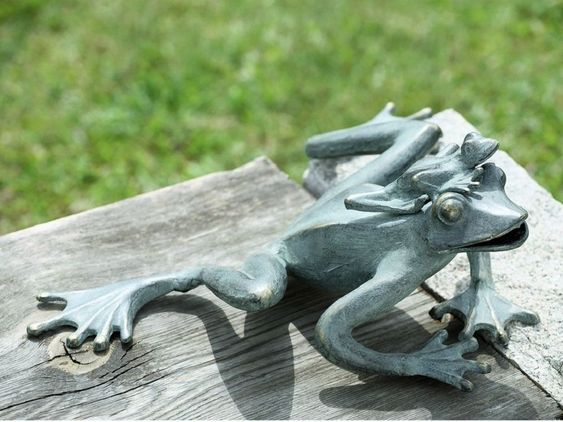 Details about Frog Mama Baby Garden Frogs Pool Pond Garden Decor