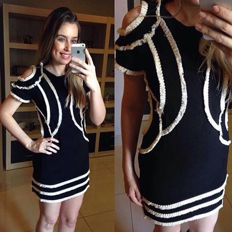 Vestido super lindo da @littbrasil Agilitá!❤️❤️❤️ #temnamariella #vestidoslindos #amamos #pretinhobásico