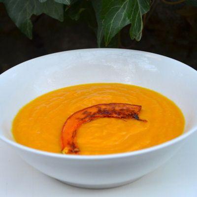 Velouté de potiron au lait de coco : 30 recettes de soupes d'hiver - Journal des Femmes Cuisiner
