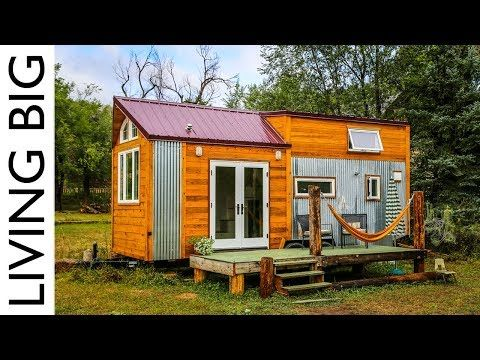 157 Young Woman S Off Grid Green Built Tiny House Designed For A
