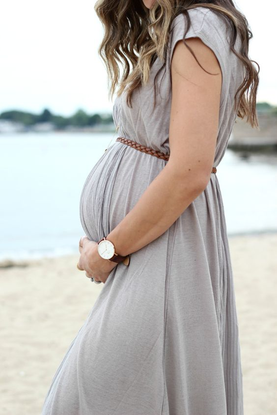 Free People Always Dreamin Dress, MIA Glitterati, Bohemian Maternity Style | Grey Dress | Belt | Wrist Watch | Beachy Waves hairstyle | beach maternity shoots | Function Mania