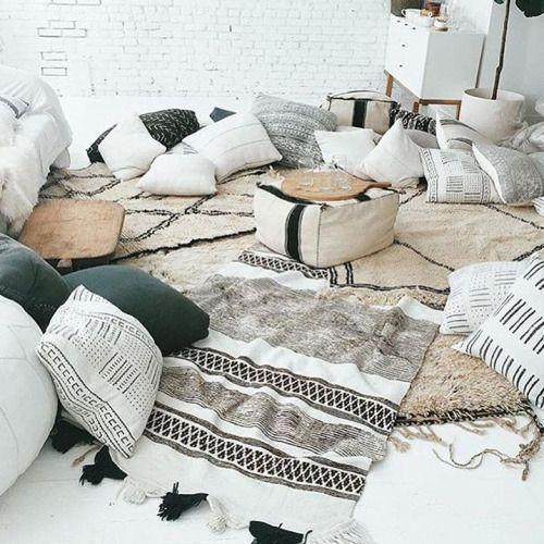 10 Stunning Useful Ideas: Decorative Pillows On Chair neutral decorative pillows coffee tables.Decorative Pillows Floral Felt Flowers decorative pillows green color schemes.Decorative Pillows Gold..