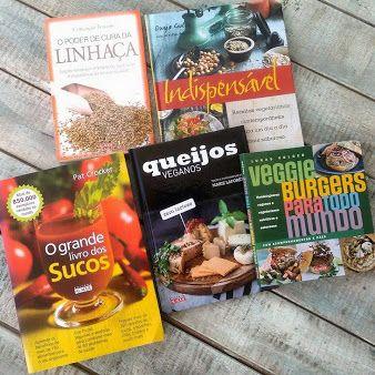 Presentinhos da @editoraalaude.  Adorei! Leituras recomendadas para os amantes de culinária e de alimentação saudável! Aguardem que em breve sairão receitas deliciosas daqui.  Editora Alaúde - http://zip.net/bprjjh