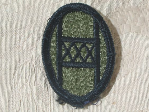 MILITARY SHOULDER PATCH 30th Armored Brigade Subdued Vietnam Era No Combat  Junk_591  http://ajunkeeshoppe.blogspot.com/