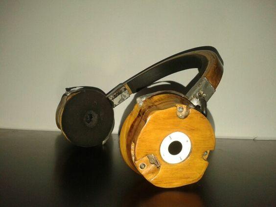 Auricular de madera con mp3 incorporado