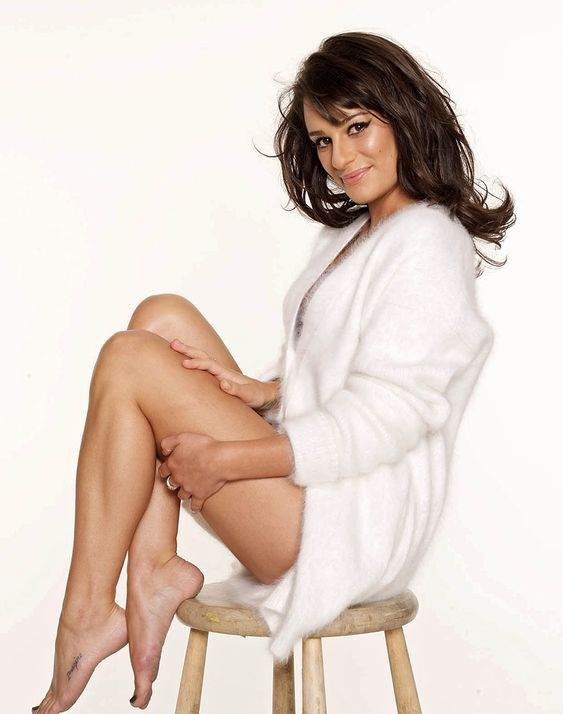 Lea Michele Feet 2064120 Jpg 947 215 1200 Nice Pinterest Posts Lea Michele And Search