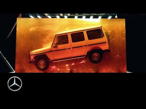Mercedes Benz There Are No Secrets The Amber Cube Is On Tour From Hamburg Across The Atlantic To Detroit Motor Benz G Benz G Class Mercedes Benz G Class