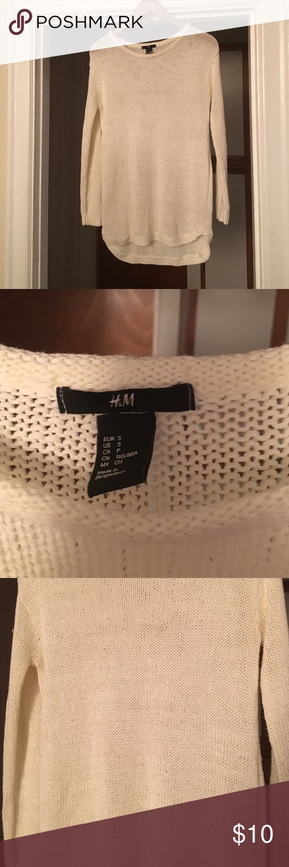 White sweater Some wear but so comfy H&M Sweaters Crew & Scoop Necks