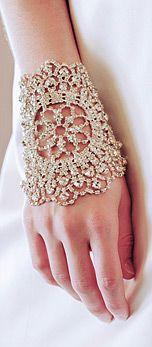 Now that's a bracelet!!