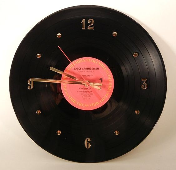 Record wall clock and old records on pinterest for Crafts with old records