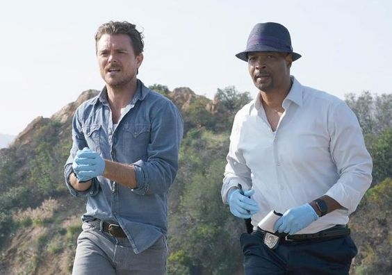 """Lethal Weapon - Fox - (TBD) - Based on the hit movie franchise, """"Lethal Weapon"""" rides along with classic cop duo Martin Riggs (Clayne Crawford) and Roger Murtaugh (Damon Wayans, Sr.) as they work a crime-ridden beat in modern-day Los Angeles."""