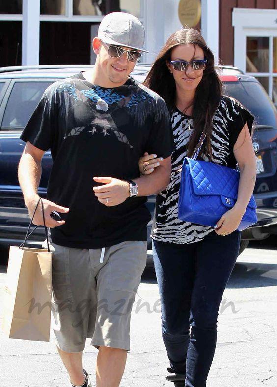 Alanis Morissette junto a su marido