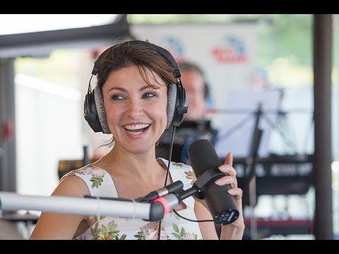 Анастасия Макеева — Эй, моряк (из к/ф «Человек амфибия») #LIVE Авторадио   jovideo - видео портал