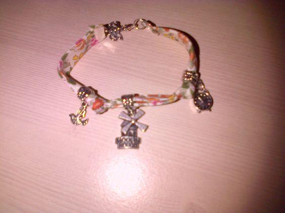 Bracelet liberty avec pampilles ! A modifier à volonté