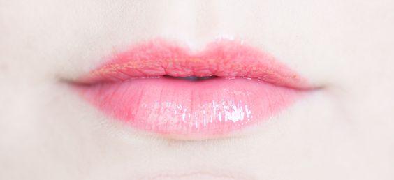 IsaDora Moisturizing Lip Gloss - 14 Coral Glow