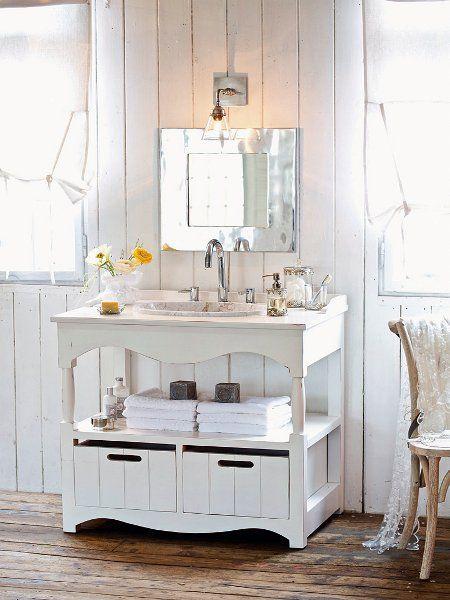 auch im bad darf der shabby chic nicht fehlen shabbychic shabby chic vintage pinterest. Black Bedroom Furniture Sets. Home Design Ideas