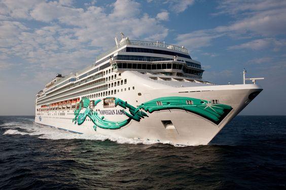 Wiesbaden/Frankfurt, Mai 2016. Der Countdown läuft bei der internationalen Kreuzfahrtreederei Norwegian Cruise Line: In genau einem Jahr werden zwei der insgesamt 14 Flottenmitglieder ihre ersten P…