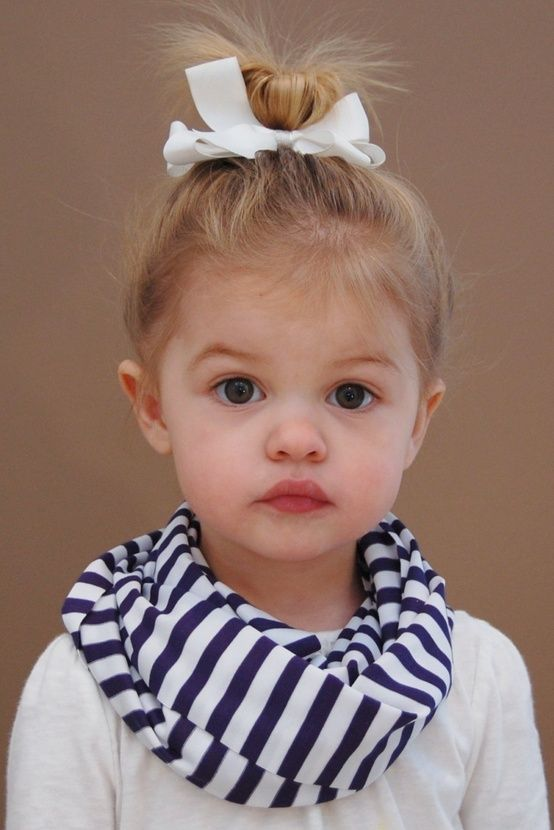 toddler infinity scarf..I could see the girls wearing these