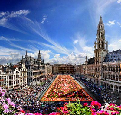 Great Market, Brussels, Belgium (by Batistini Gaston)