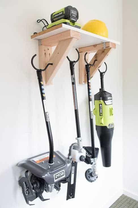 Easy Diy Garden Tool Rack With Images Garden Tool Storage