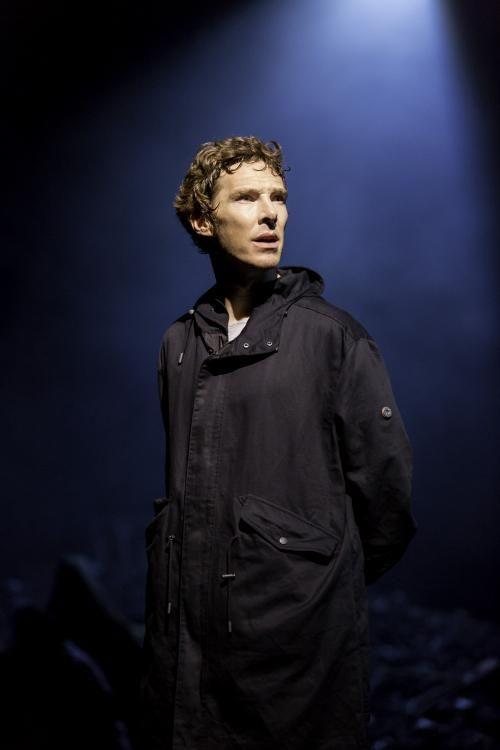 Benedict Cumberbatch, Hamlet... so expressive!