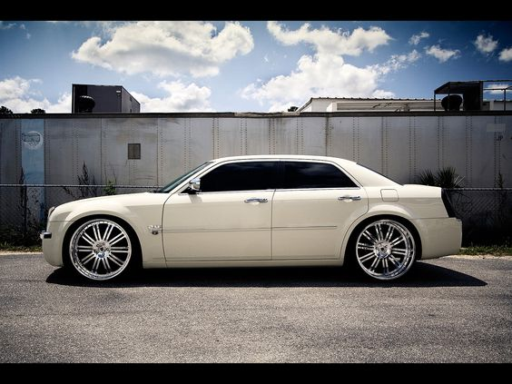 2006 Chrysler 300. Oh yes.