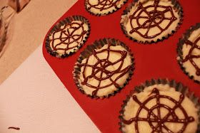 Locked Out: Baking Bombshell: Mini Halloween Cheesecakes