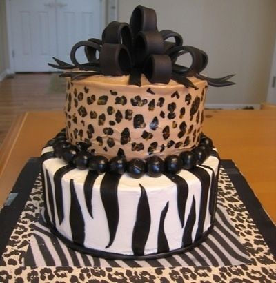 this one pleasseee.... but both leopard print   21st Birthday Cake