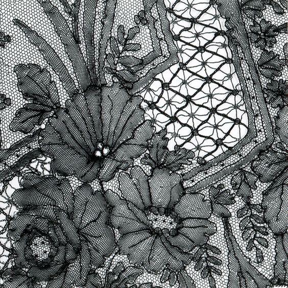 Detail van sjerp in Chantilly kloskant, 1850-1880 - Chantilly lace - Wikipedia, the free encyclopedia
