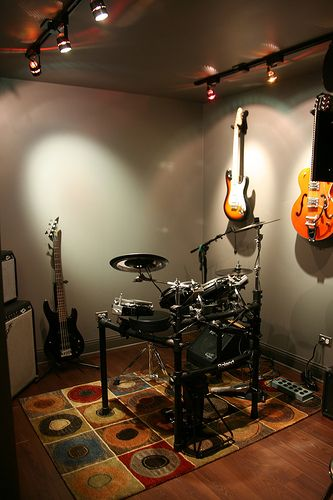 basement music studio: