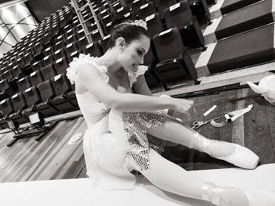 Presentation day ! Meia Ponta blog by Carol Lancelloti. #Ballet_beautie #sur_les_pointes * Ballet_beautie, sur_les_pointes *