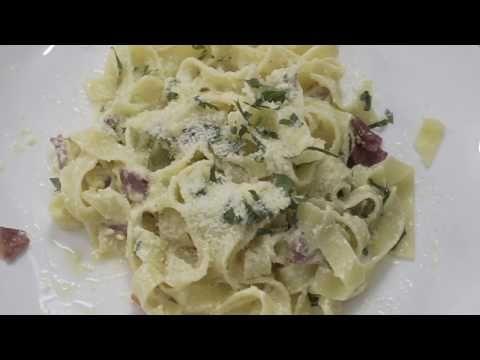 Seri Italian Food 2 Fettucini Alfredo Youtube Fettucini Alfredo Italian Recipes Fettucini