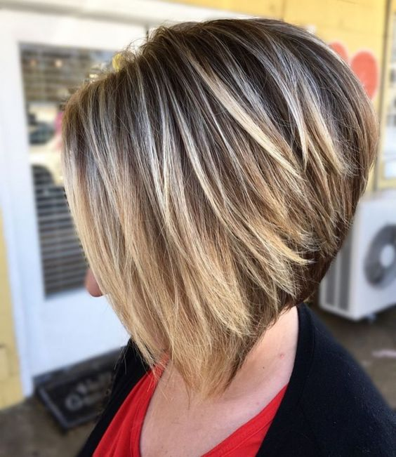 Textured Inverted Bob with Highlights