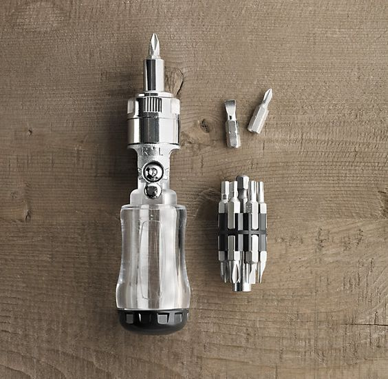 HANDY 12–BIT TOOL | Inside the rugged polycarbonate handle, you'll find 12 screwdriver bits to fit Phillips and flathead screws in a range of sizes. The swiveling head locks at five positions to tackle the trickiest angles, and smooth ratcheting action offers an efficient twist that's easy on the wrist.