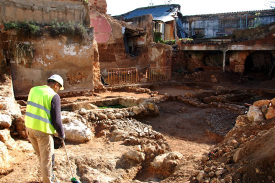 """A intervenção arqueológica que decorreu no """"Edifício Mabor"""", situado na zona ribeirinha de Portimão, é o mote de mais uma…"""