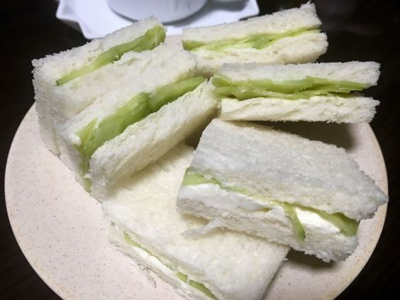 【レシピあり】英国貴族が溺愛『キュウリのサンドイッチ』がウマすぎた! イギリス飯マズイって言ったの誰って叫びたくなるレベルやで!! | ロケットニュース24