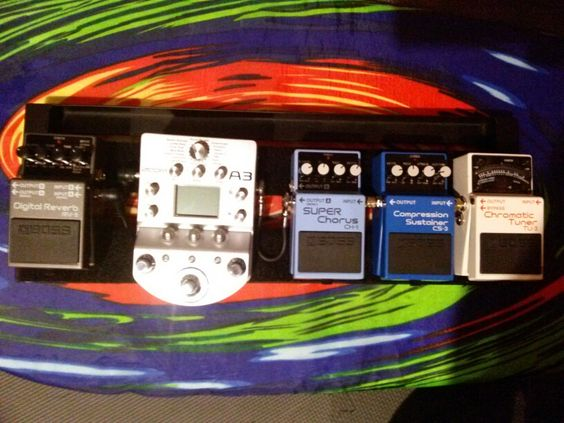 Acoustic Guitar pedalboard with Boss pedals and Zoom A3.