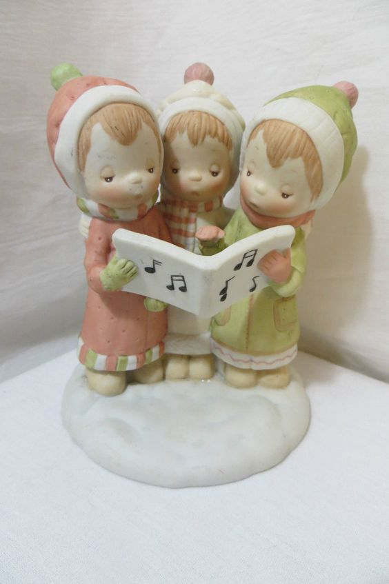 Betsey Clark The Sweetest Sound of Christmas Caroling Trio Figurine | eBay
