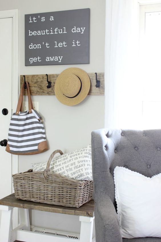 Stylish Entrance Home Decor