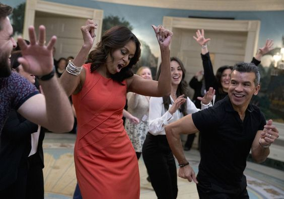 Michelle Obama boogied in the Diplomatic Room of the White Houseduring a…