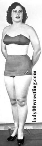 www.lady00wrestling.com 50s Vintage Women Wrestling Picture Gallery